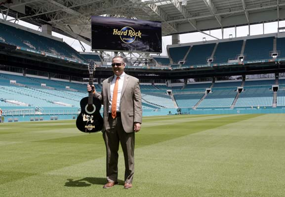 "<div class=""meta image-caption""><div class=""origin-logo origin-image ap""><span>AP</span></div><span class=""caption-text"">Hard Rock Stadium, in Miami Gardens, Fla.  (AP Photo/Lynne Sladky) (AP)</span></div>"