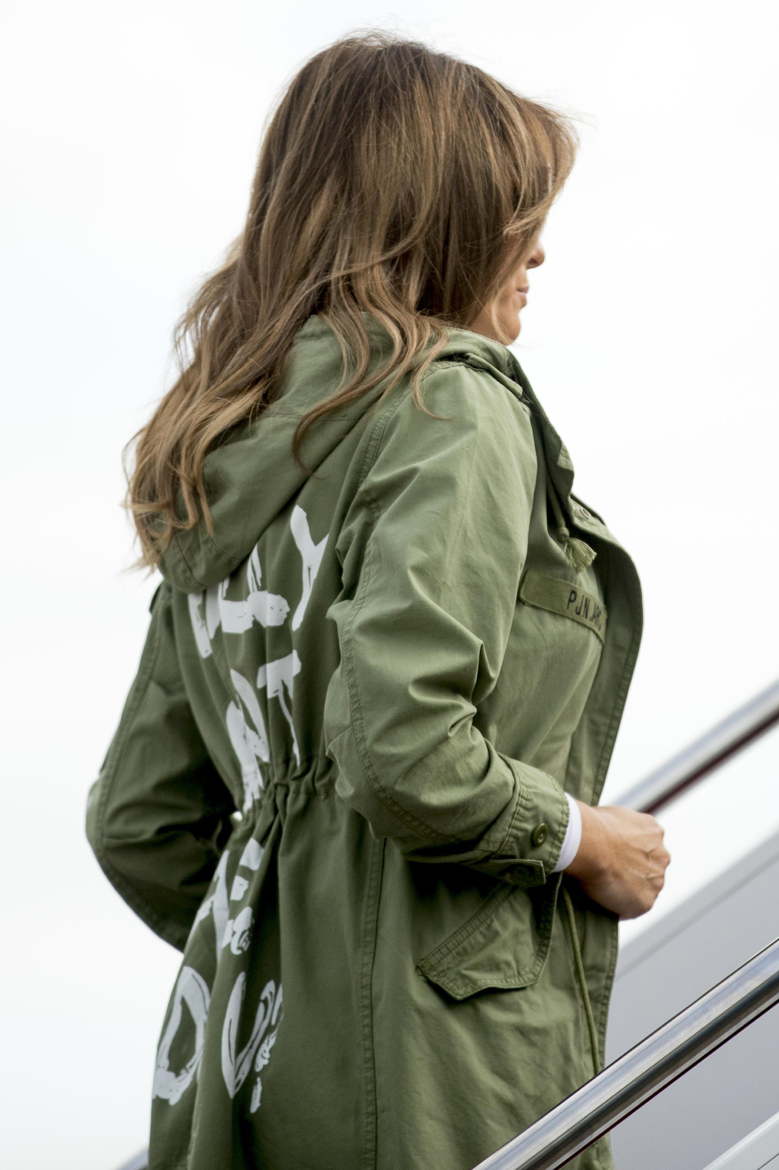 <div class='meta'><div class='origin-logo' data-origin='AP'></div><span class='caption-text' data-credit='AP'>First lady Melania Trump boards a plane at Andrews Air Force Base, Md., Thursday, June 21, 2018, to travel to Texas. (AP Photo/Andrew Harnik)</span></div>