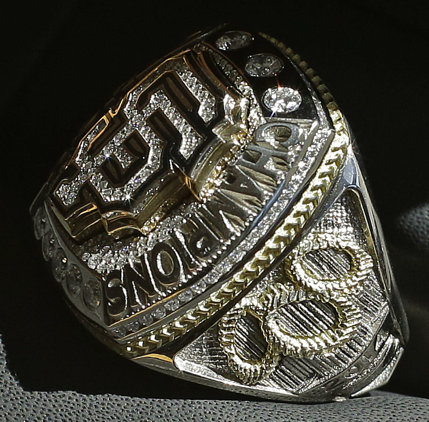 <div class='meta'><div class='origin-logo' data-origin='AP'></div><span class='caption-text' data-credit='AP Photo/Ben Margot'>The 2014 World Series championship ring belonging to San Francisco Giants manager Bruce Bochy is seen prior to the Giants' baseball game against the Arizona Diamondbacks.</span></div>