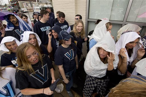 <div class='meta'><div class='origin-logo' data-origin='AP'></div><span class='caption-text' data-credit='AP'>Photos from inside and outside NRG as Villanova and North Carolina fans get pumped for the national title game.</span></div>