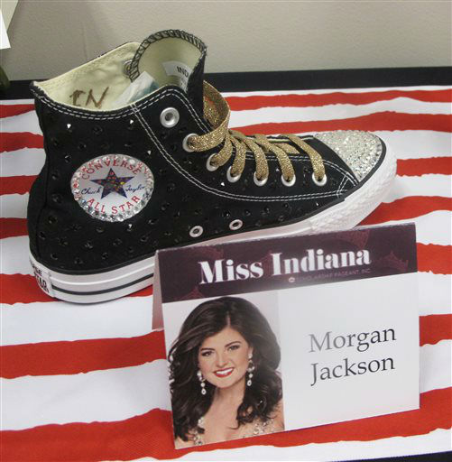 "<div class=""meta image-caption""><div class=""origin-logo origin-image none""><span>none</span></div><span class=""caption-text"">The footwear that Miss Indiana will wear in the Miss America pageant's ""Show Us Your Shoes"" parade is on display Tuesday, Sept. 8, 2015 in Atlantic City, N.J. (AP Photo/ Wayne Parry)</span></div>"