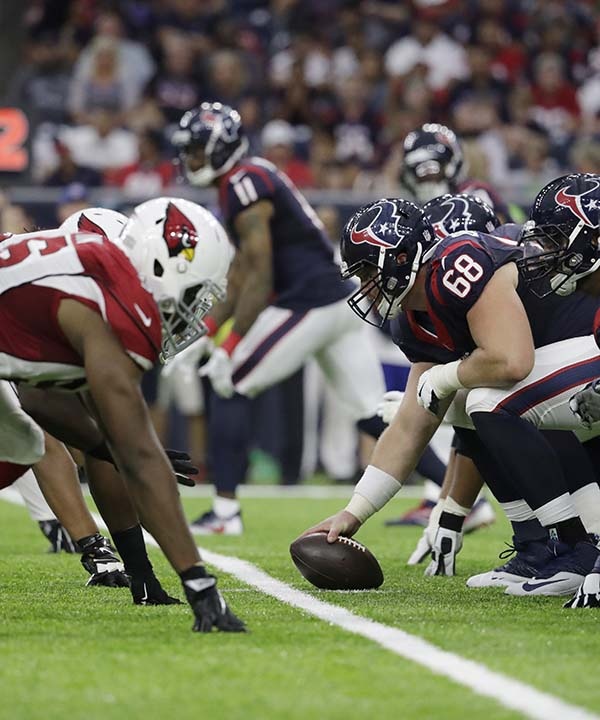 """<div class=""""meta image-caption""""><div class=""""origin-logo origin-image none""""><span>none</span></div><span class=""""caption-text"""">Arizona Cardinals and Houston Texans players line up during the second half of an NFL preseason football game, Sunday, Aug. 28, 2016, in Houston. (AP Photo/Jeff Roberson) (AP)</span></div>"""