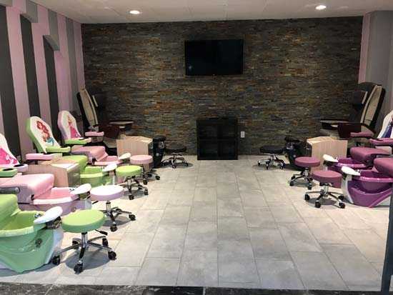 Man Cave Spa : Mansion nail salon in texas features bars man cave