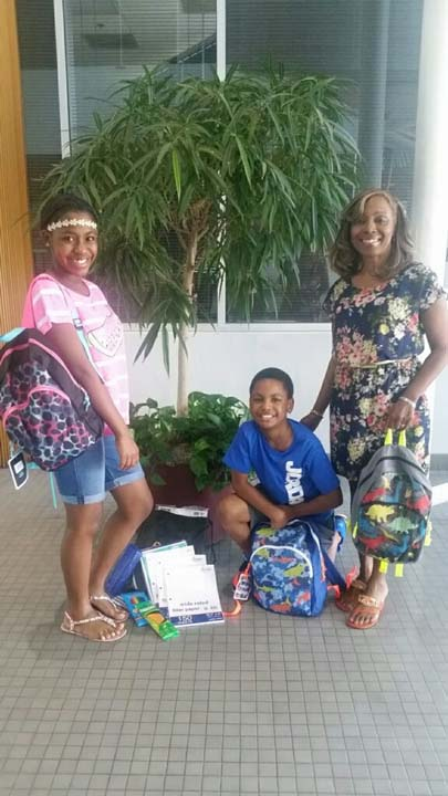 """<div class=""""meta image-caption""""><div class=""""origin-logo origin-image none""""><span>none</span></div><span class=""""caption-text"""">Gernee and Gerard II posed for a picture with their grandma before the first day at Ridgegate Elementary and Christa Mcauliffe Middle School</span></div>"""