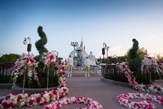 "<div class=""meta image-caption""><div class=""origin-logo origin-image none""><span>none</span></div><span class=""caption-text"">Walt Disney World offering weddings at Cinderella's Castle (Disney's Fairy Tale Weddings & Honeymoons)</span></div>"