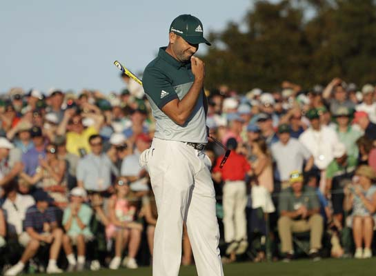 "<div class=""meta image-caption""><div class=""origin-logo origin-image ap""><span>AP</span></div><span class=""caption-text"">Sergio Garcia, of Spain, reacts after missing a birdie putt on the 18th hole during the final round of the Masters golf tournament. (AP Photo/Matt Slocum) (AP)</span></div>"