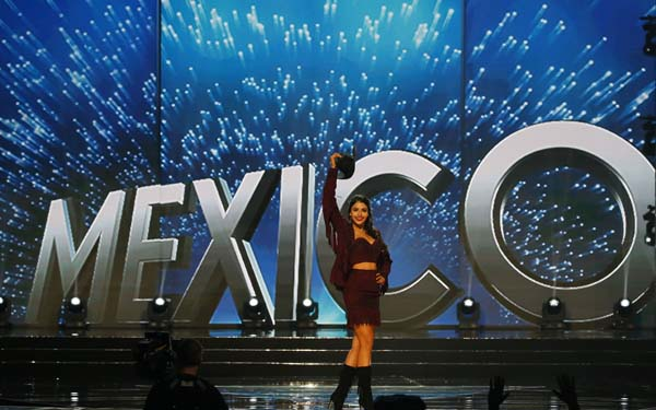 """<div class=""""meta image-caption""""><div class=""""origin-logo origin-image ap""""><span>AP</span></div><span class=""""caption-text"""">Miss Universe contestant Kristal Silva of Mexico parades in costume during the preliminary competition of the Miss Universe beauty pageant. (AP Photo/Bullit Marquez) (AP)</span></div>"""