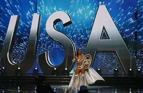"""<div class=""""meta image-caption""""><div class=""""origin-logo origin-image ap""""><span>AP</span></div><span class=""""caption-text"""">Miss Universe contestant Deshauna Barber of the United States parades in costume during the preliminary competition of the Miss Universe beauty pageant. (AP Photo/Bullit Marquez) (AP)</span></div>"""