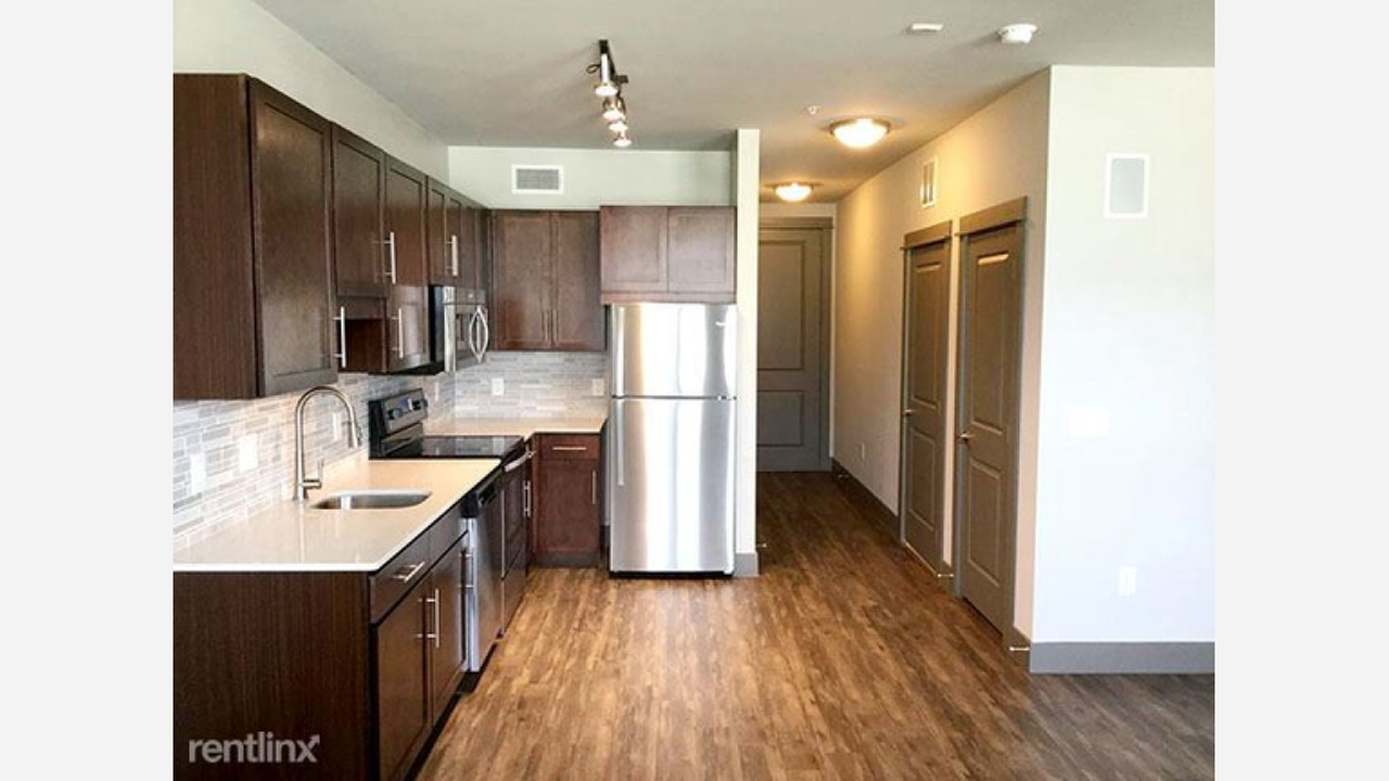 Renting In Houston: What Will $1,100 Get You?