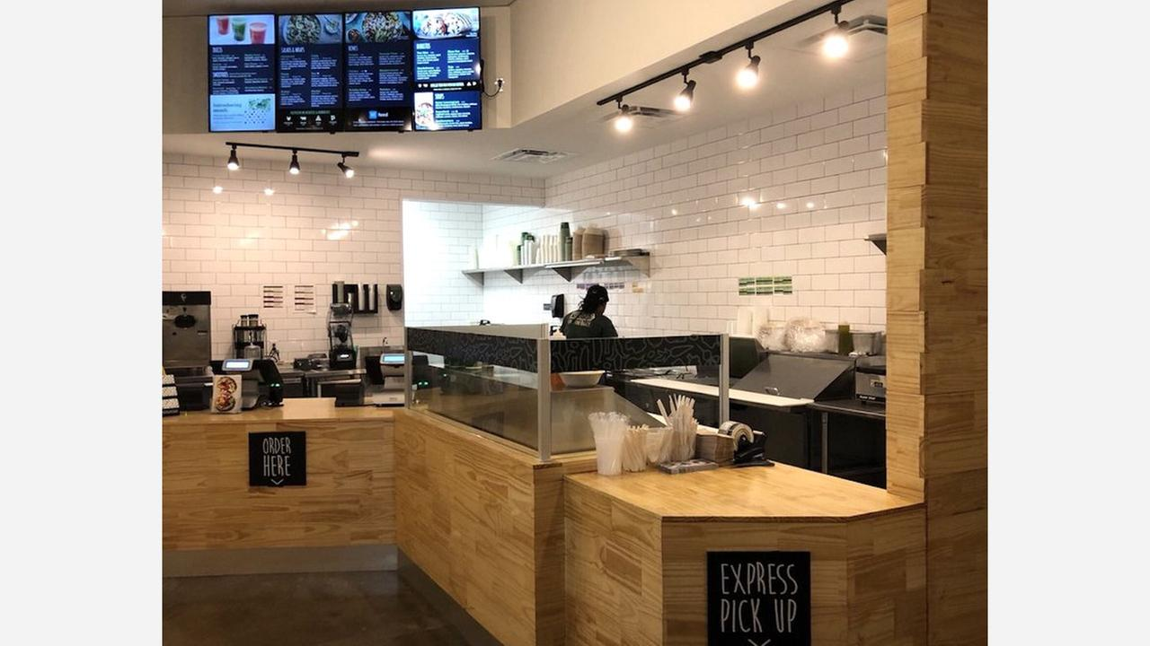 'Freshii' Brings Healthy Fare To The Heights