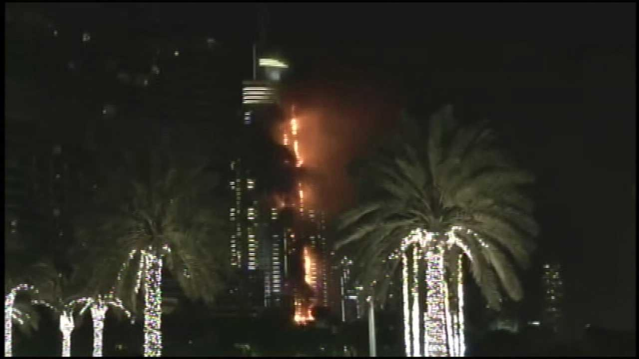 Hotel Fire Erupts Near New Year S Fireworks Location In Dubai Abc13 Com