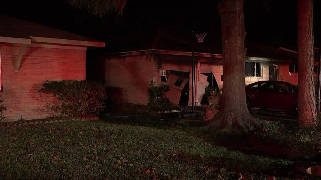 SW Houston house fire sends three people to hospital