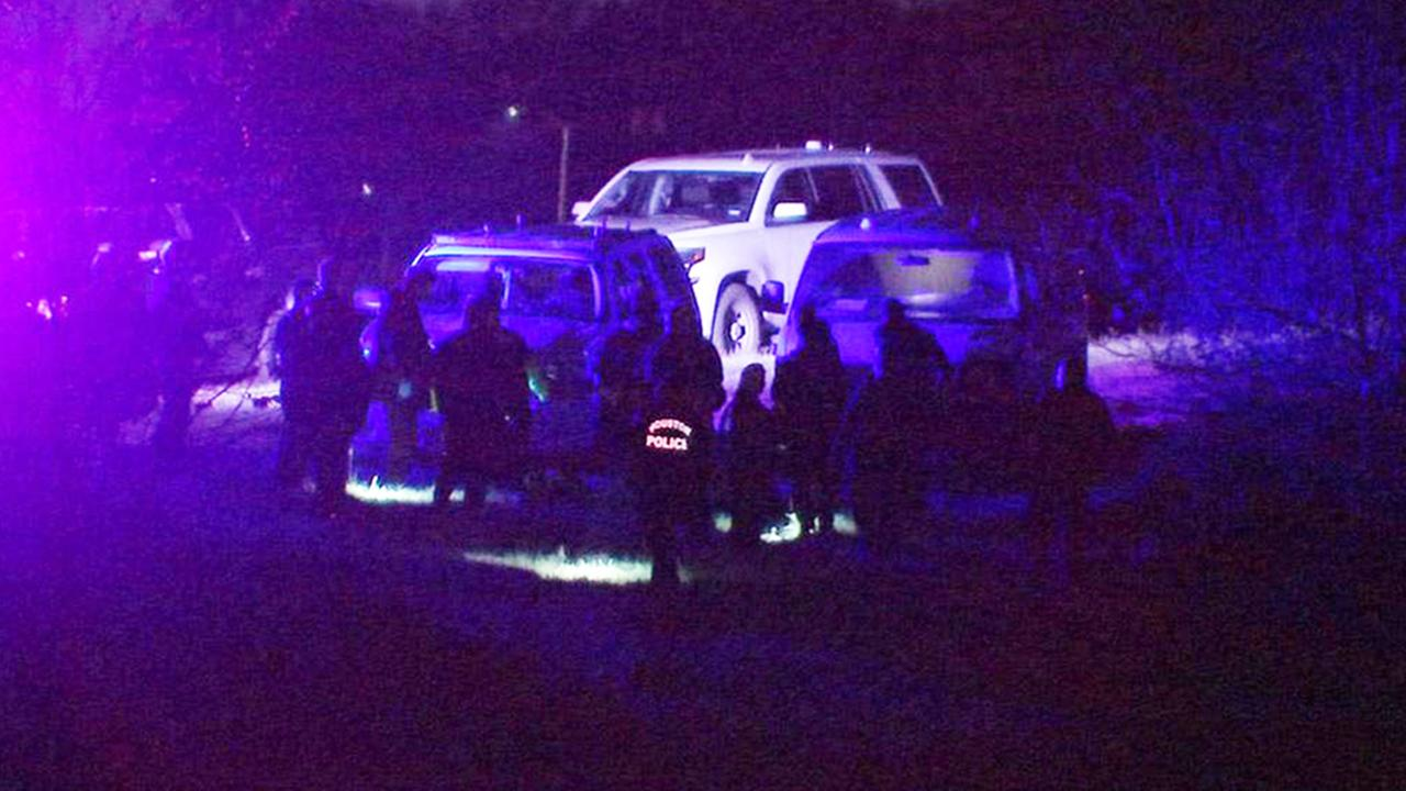 Body found in Brays Bayou near UH campus