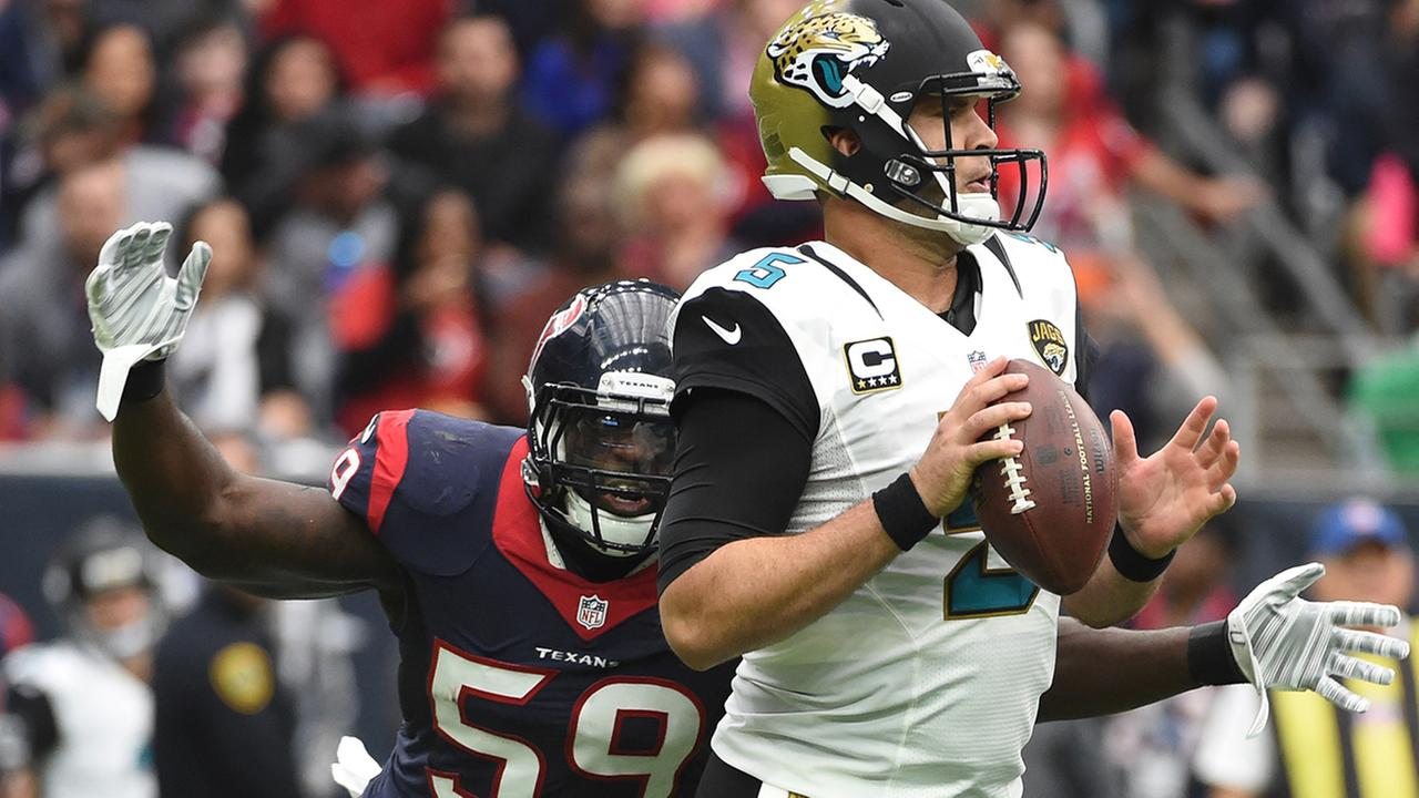 Texas Whitney Mercilus named AFC Defensive Player of the Month