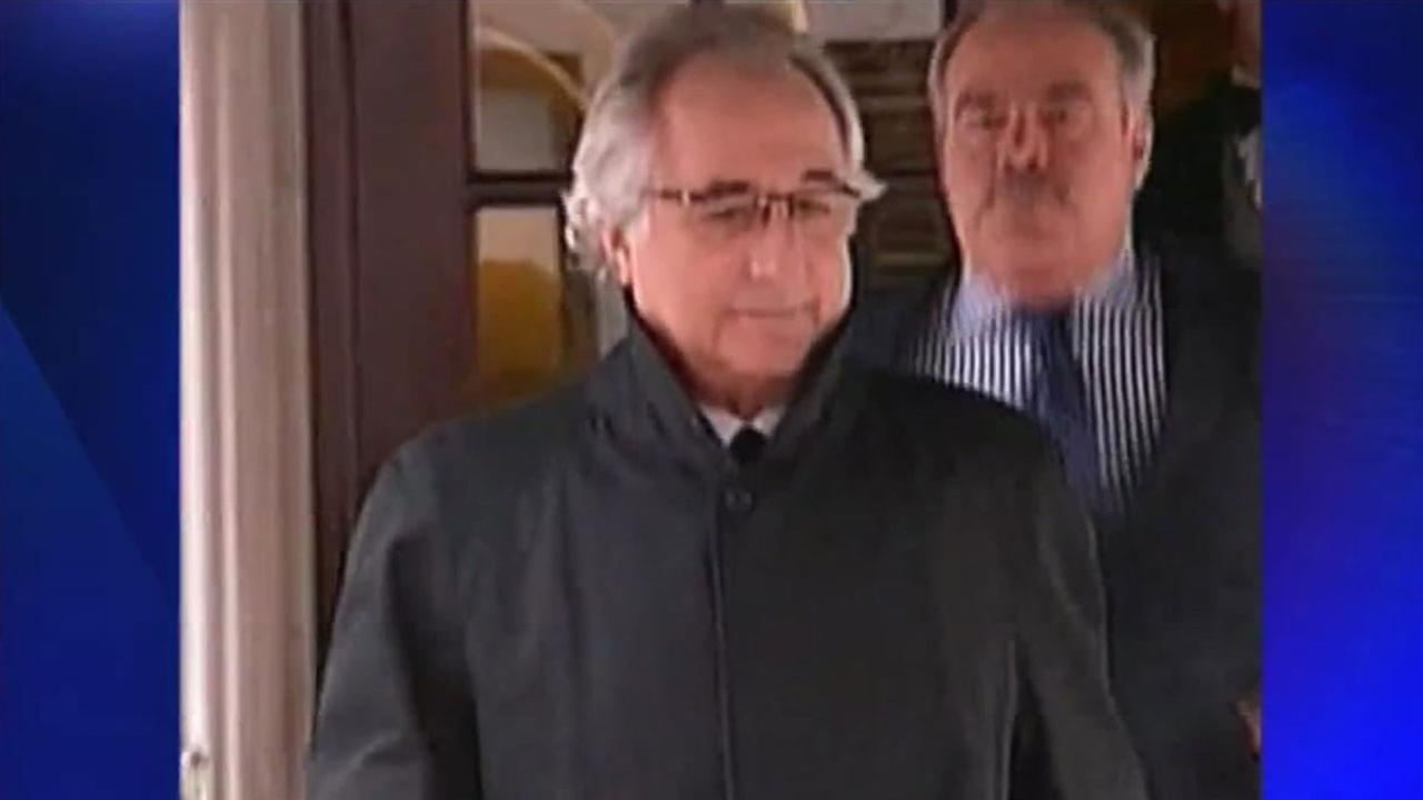 Auction scheduled to sell off more of Bernie Madoff's belongings