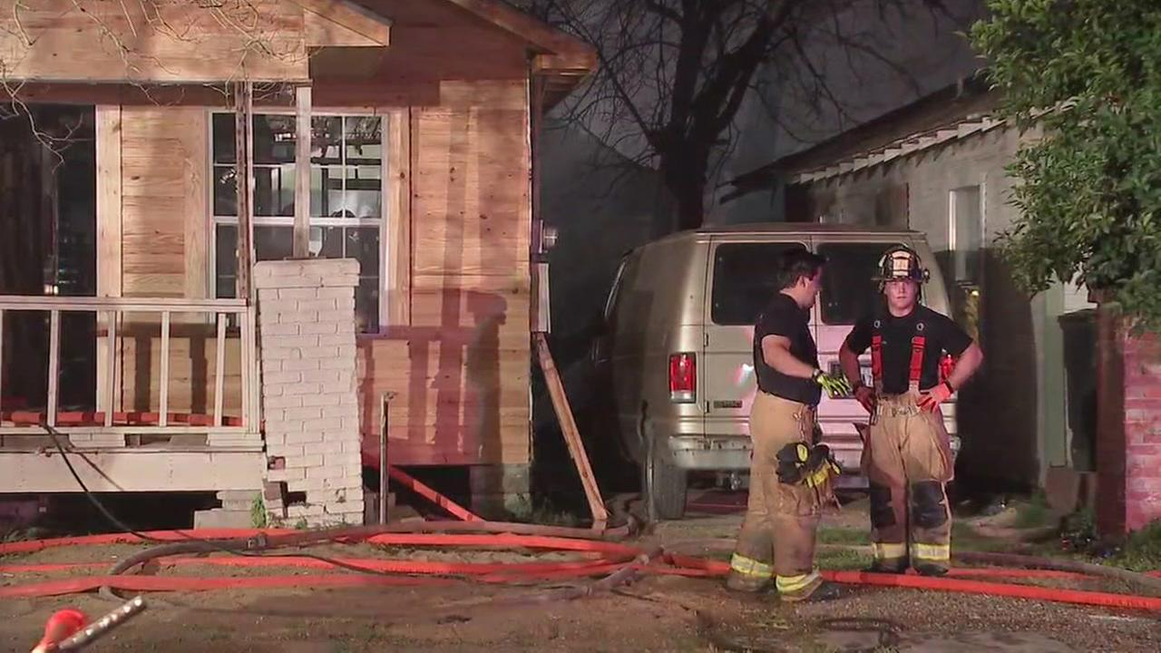 HFD: Fire spreads to three neighboring homes in east Houston