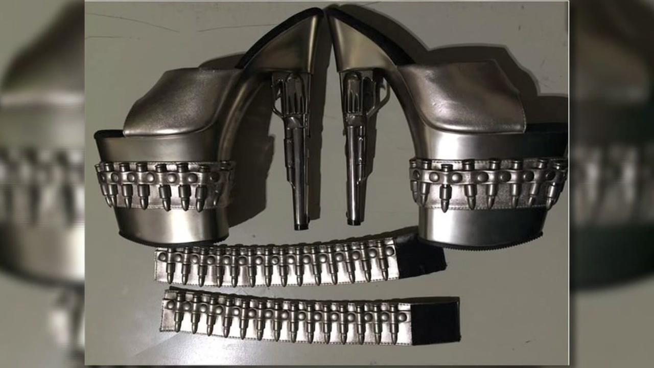 PHOTO: Gun-themed shoes in passenger's carry-on trigger TSA scare