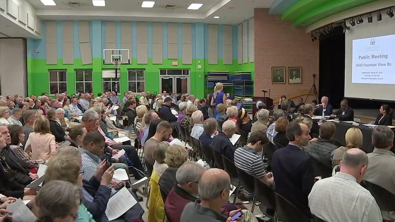 residents voice opposition to plan to build low-income complex in