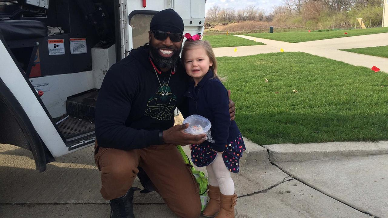 A wave and big smile spark unlikely friendship between garbage man, little girl