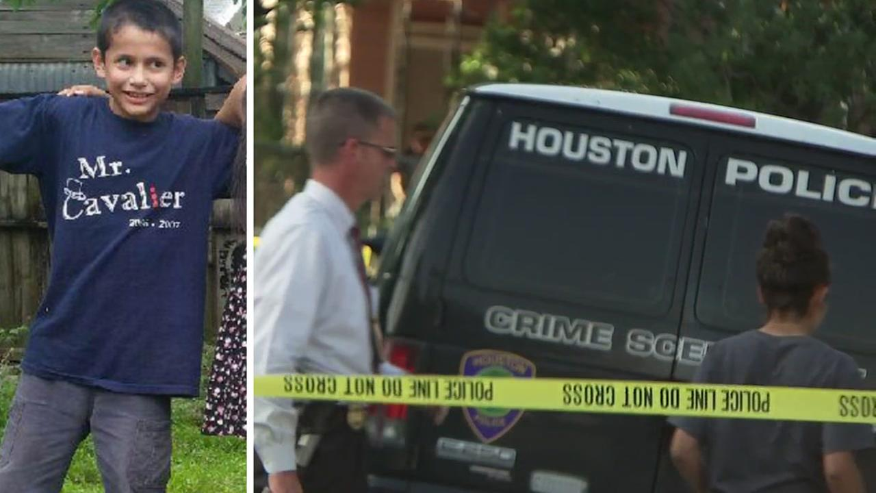Boy walking home fatally stabbed in Houston street
