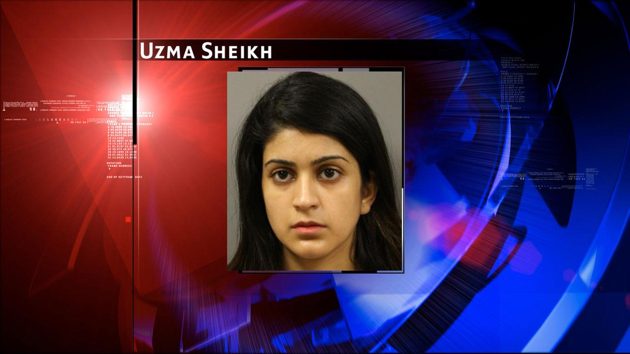 Police: Woman leaves child in car to go to night club