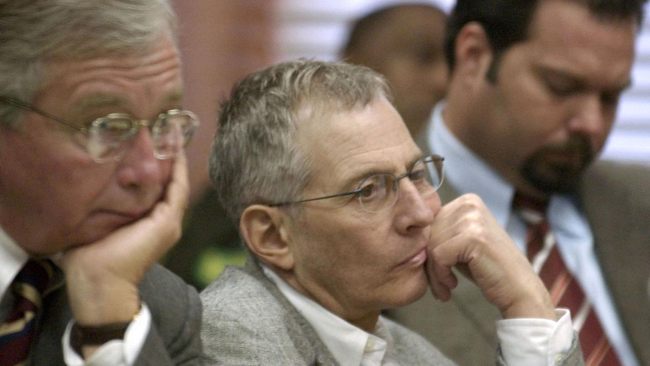 Millionaire Robert Durst arrested after allegedly exposing himself, urinating in public>