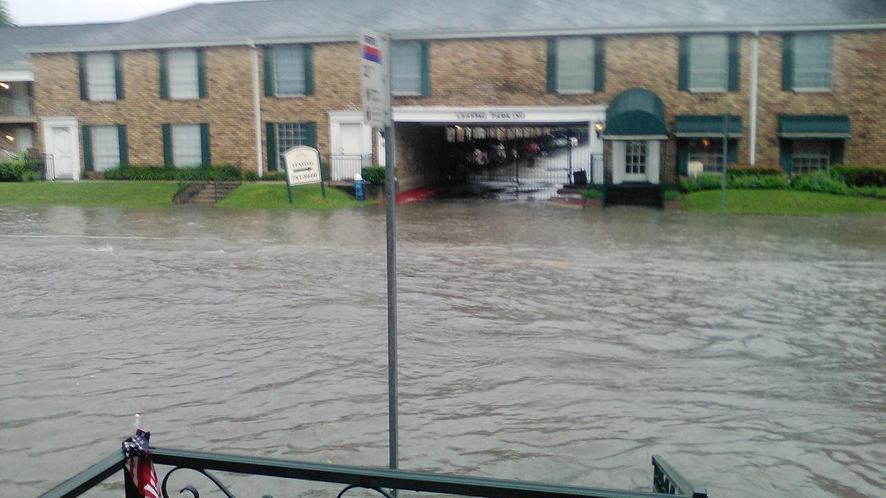 Showers cause flooding across houston area abc13 com