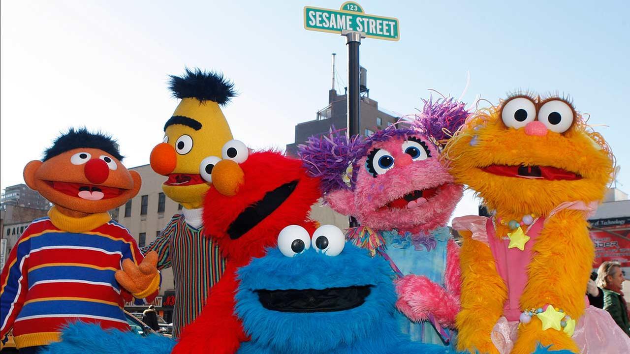 Sesame street marks 45th birthday - Sesame street madison square garden ...