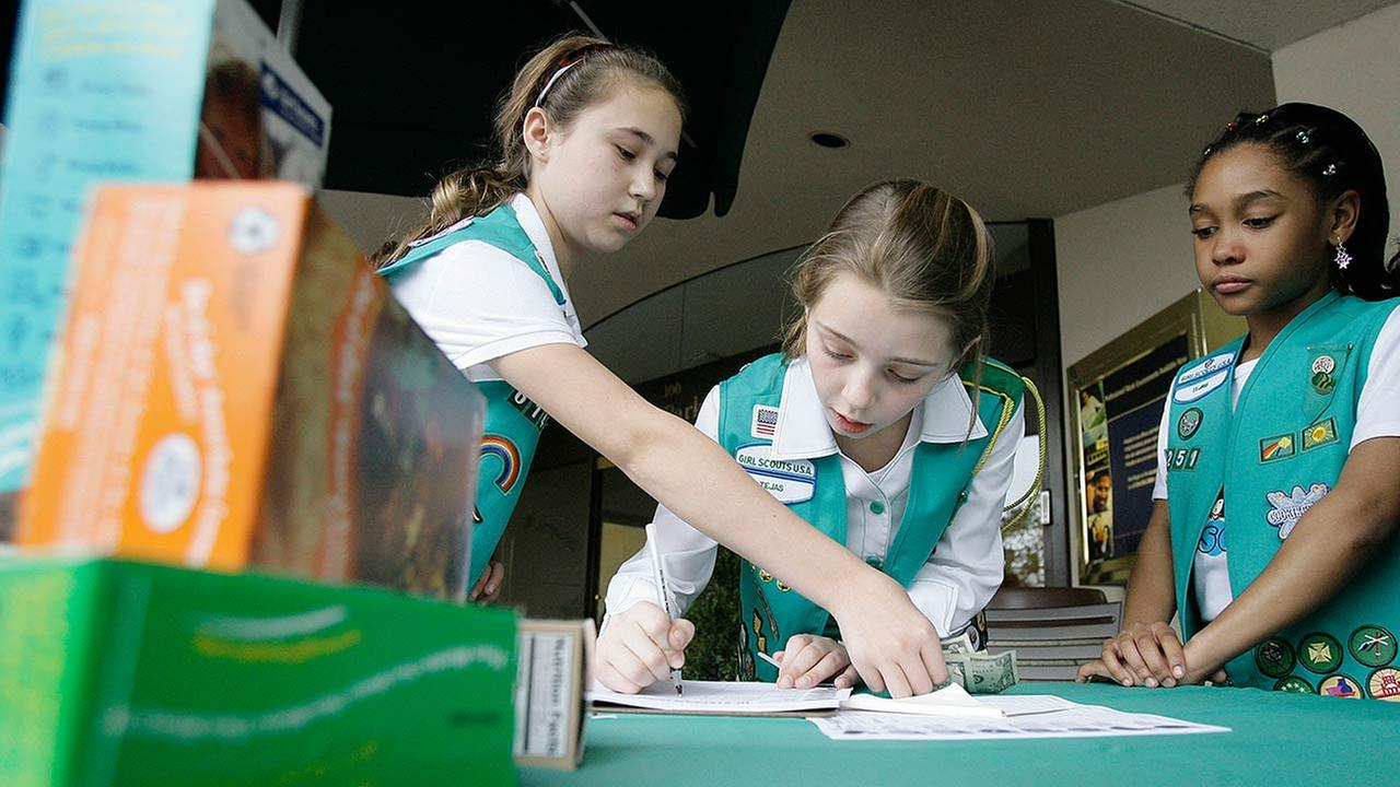 girls scouts going digital for cookie sales abc7chicago