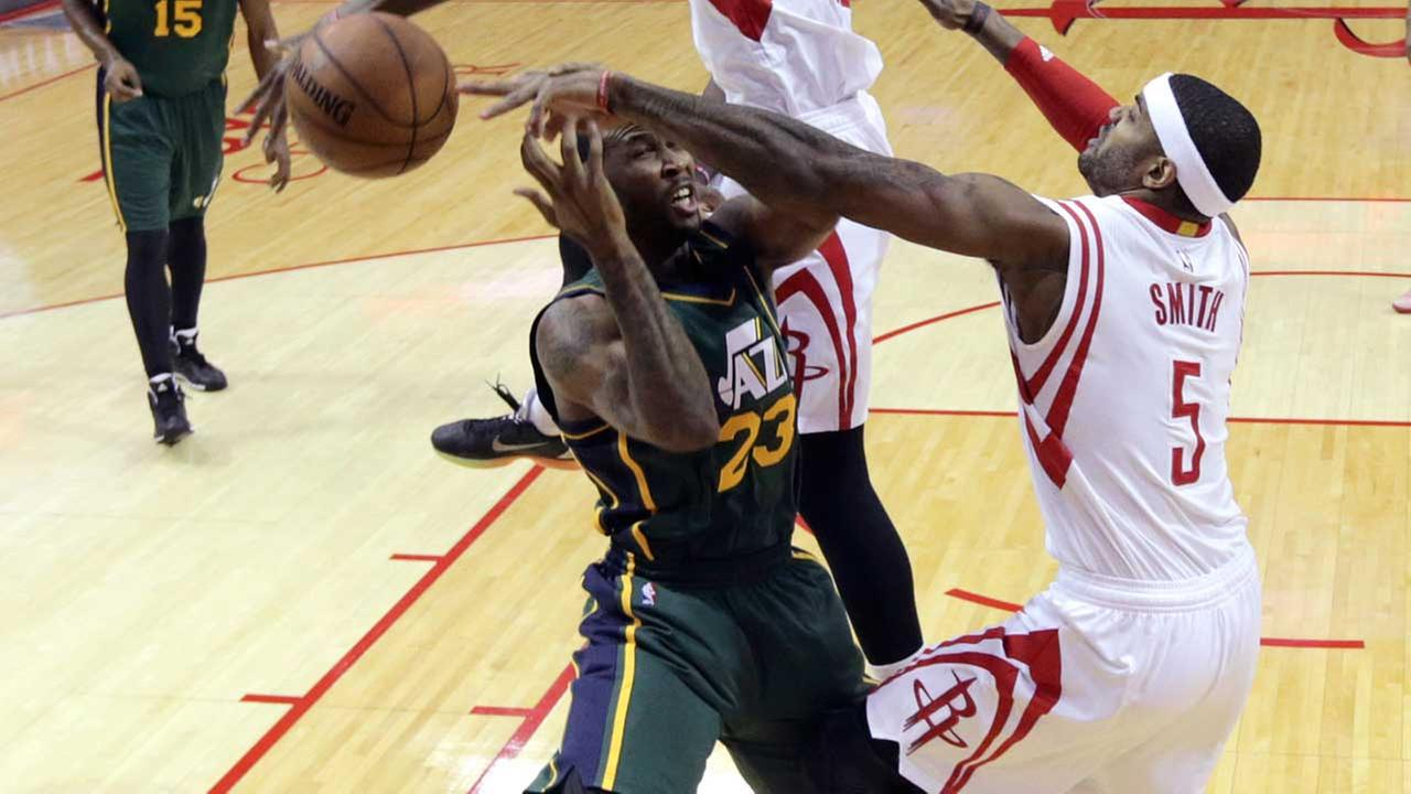 Josh Smith and the Rockets took care of business against the Jazz at Toyota Center Wednesday and will enter the Western Conference playoffs as the No. 2 seed.