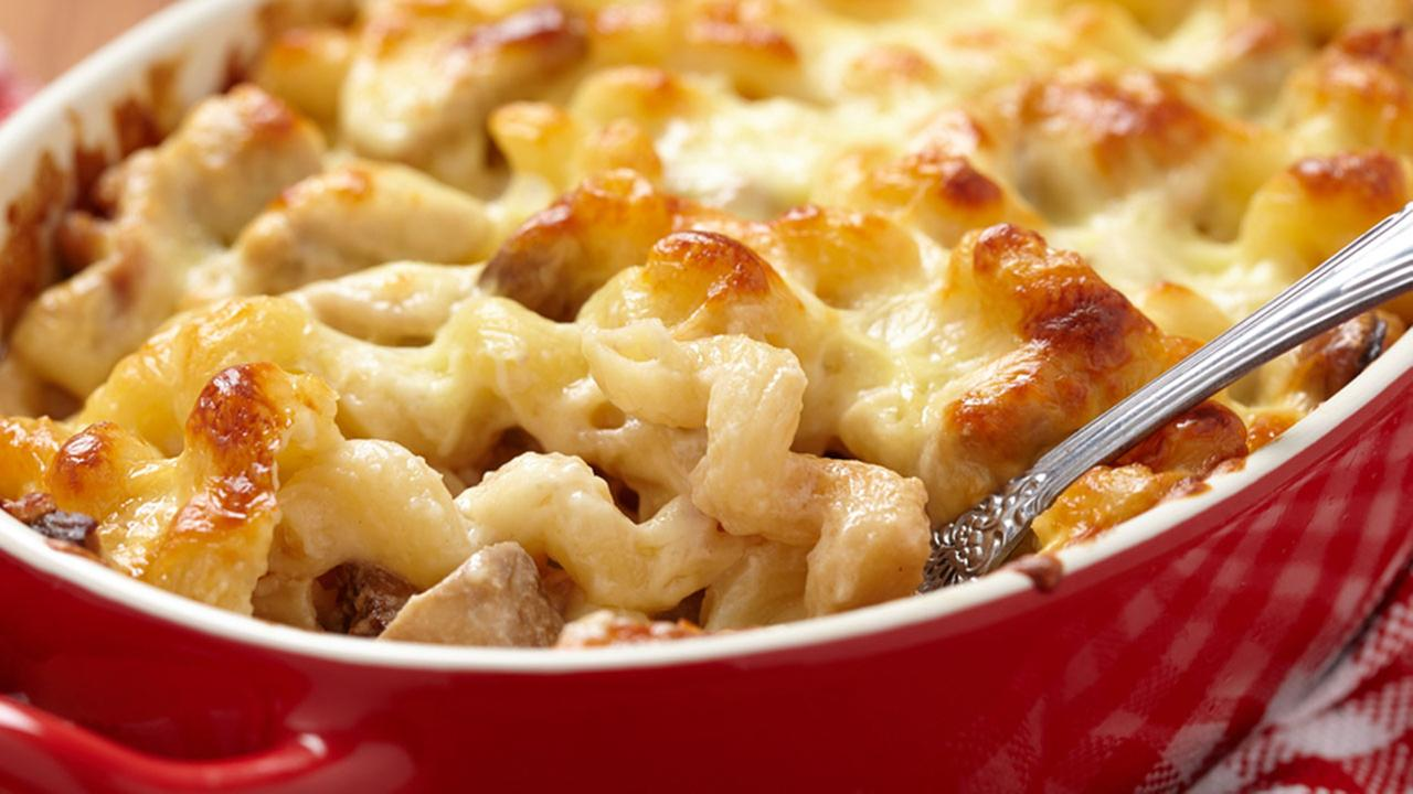 A bowl of macaroni and cheese