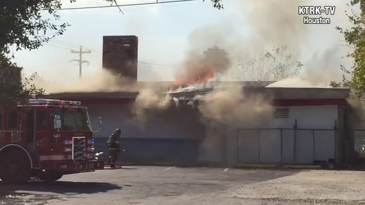 Hardware shop on fire in Seabrook