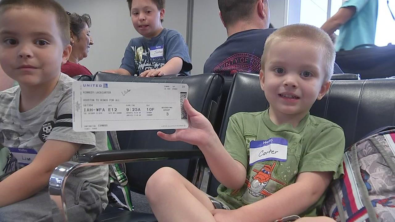 Mock flight held for autistic kids at Bush IAH
