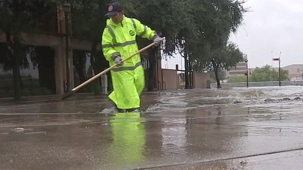 Cleanup continues after sewage mixes with Houston floodwaters