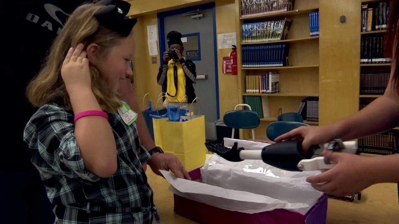 Students build prosthetic hand for girl