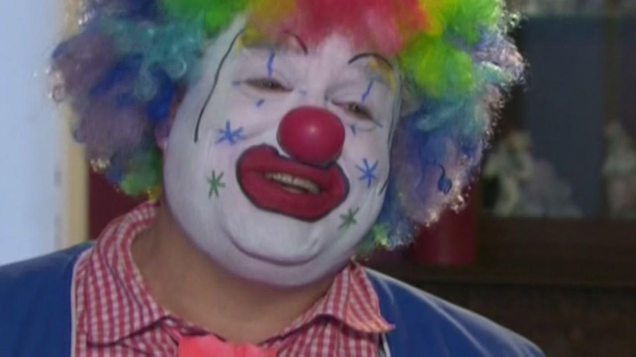 Doo Doo the Clown honored for heroic actions