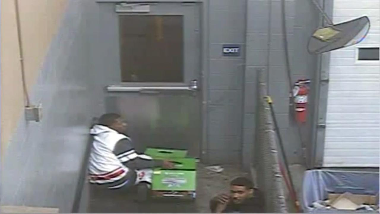 Baytown robbery suspects on cam