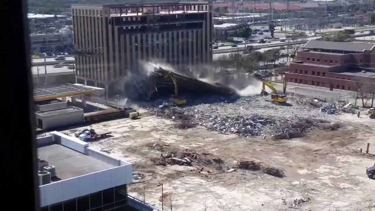 CRAZY VIDEO: Close call during demolition
