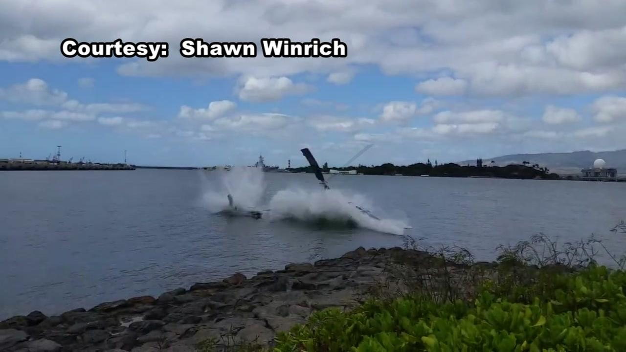 Caught on video: 1 hurt after Pearl Harbor copter crash