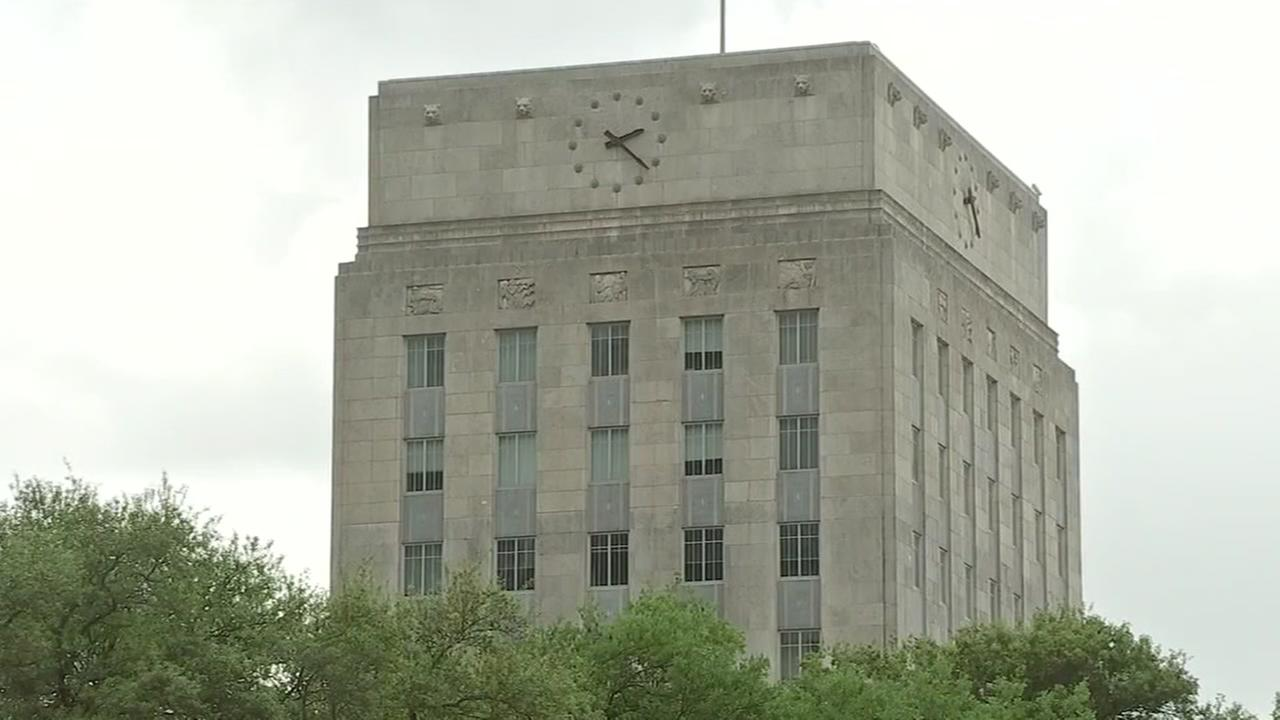 Houston officials hammering out city budget details