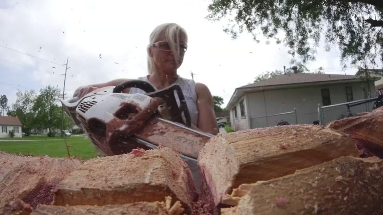 La Porte moms chainsaw carvings getting national notice