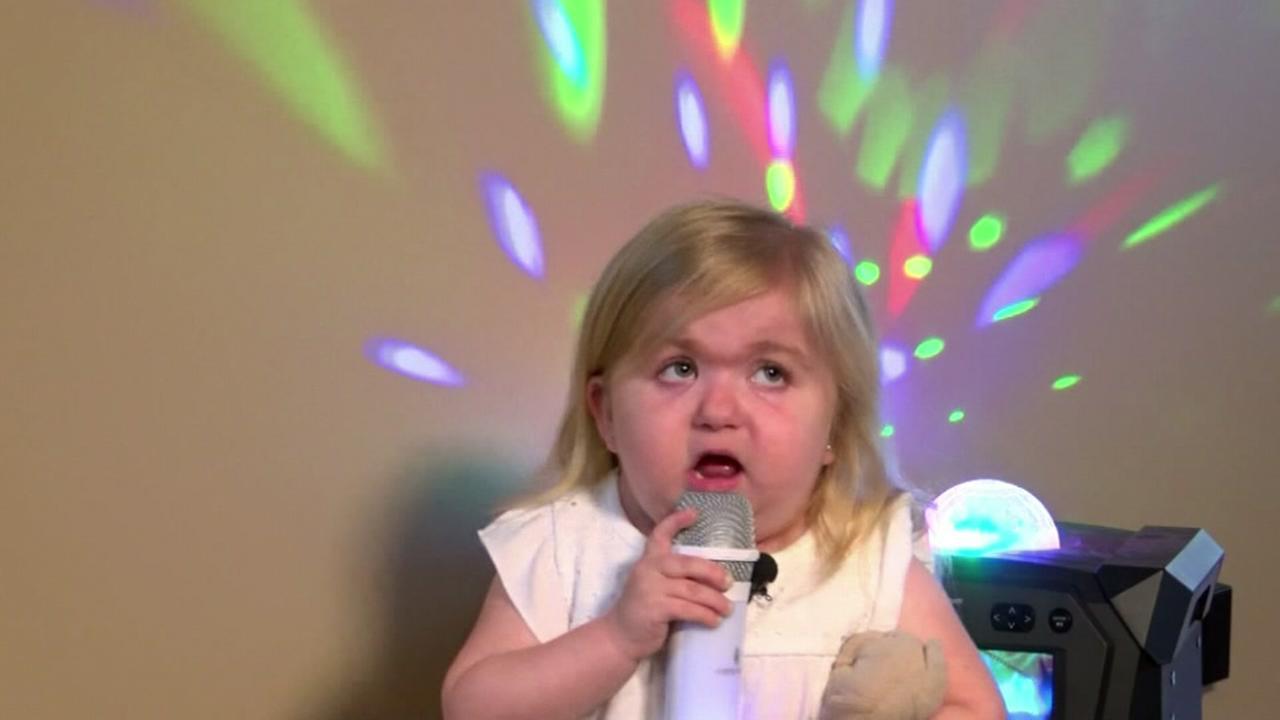 Girl becomes karaoke queen