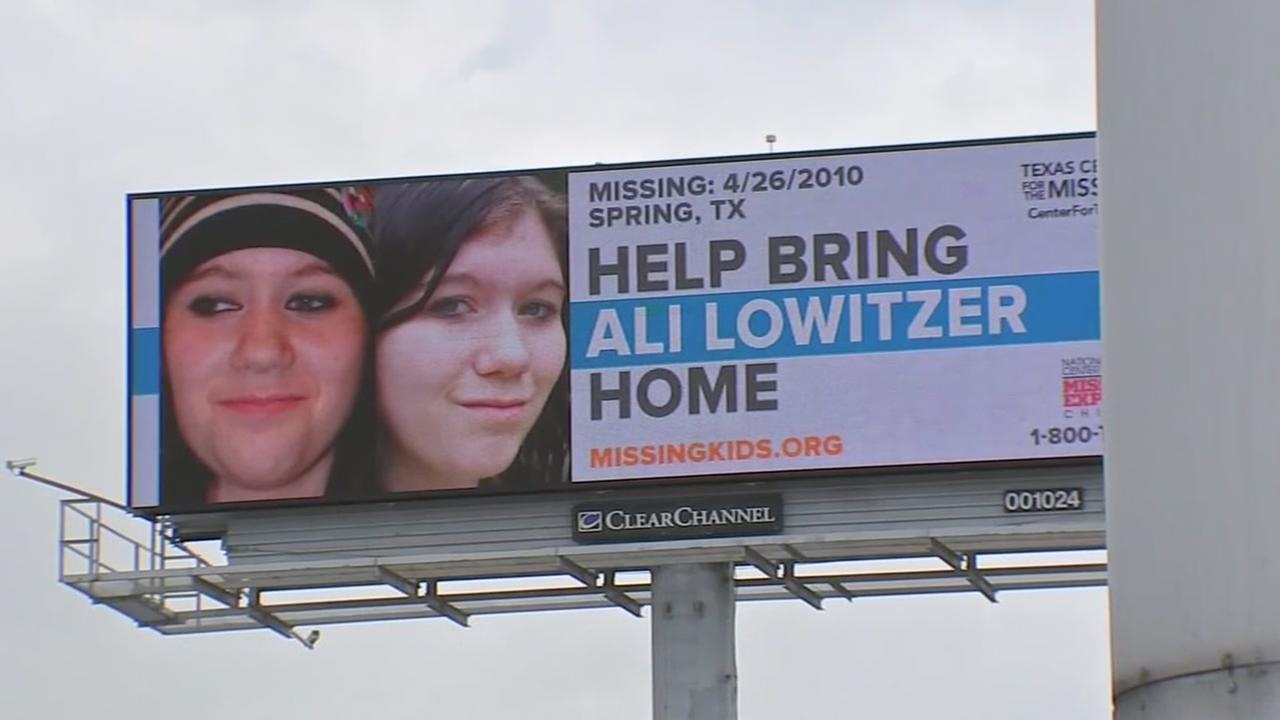 Billboard features missing TX teen