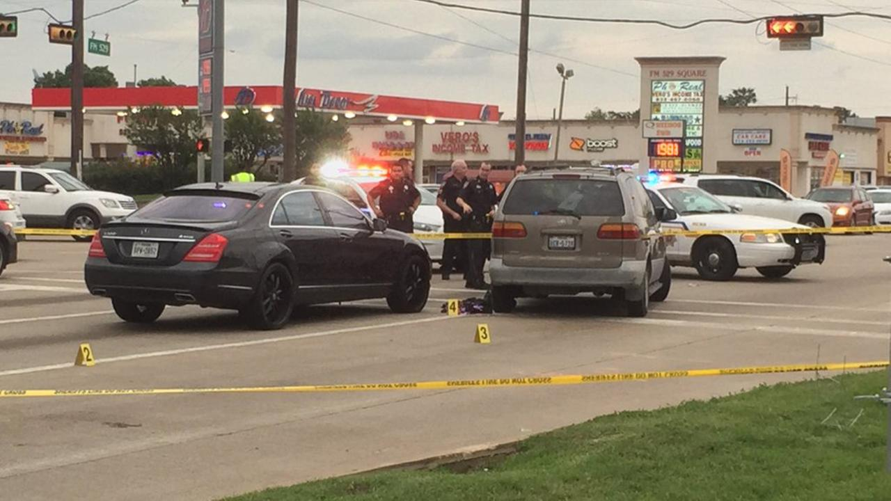 HCSO: Shooting on NW Harris County roadway injures at least one person
