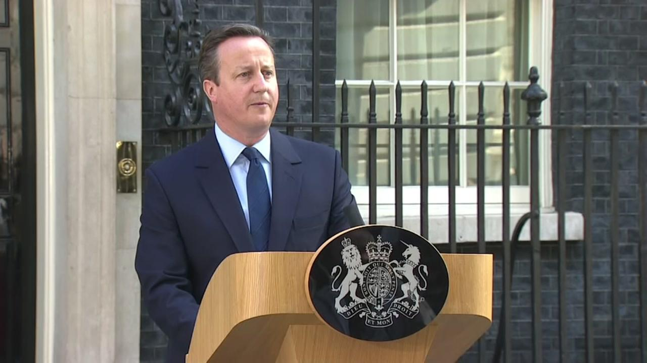 David Cameron resigns as PM