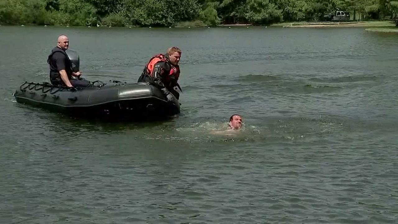 HPD removes naked man swimming in lake at Hermann Park