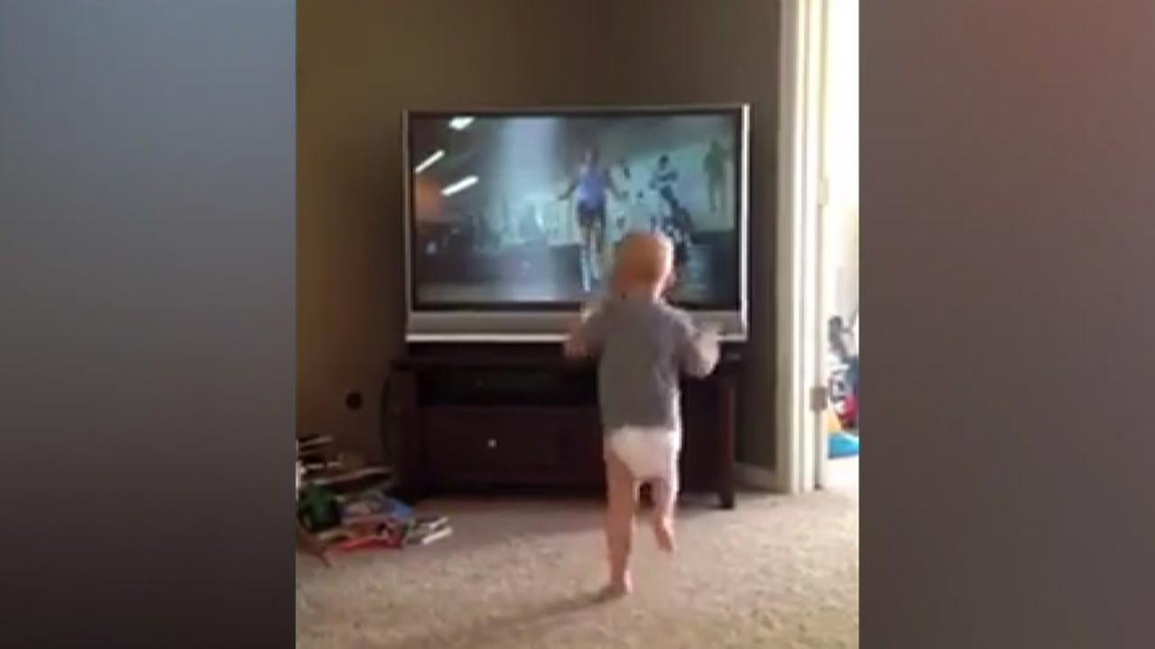 Toddler slugs it out with Rocky 2