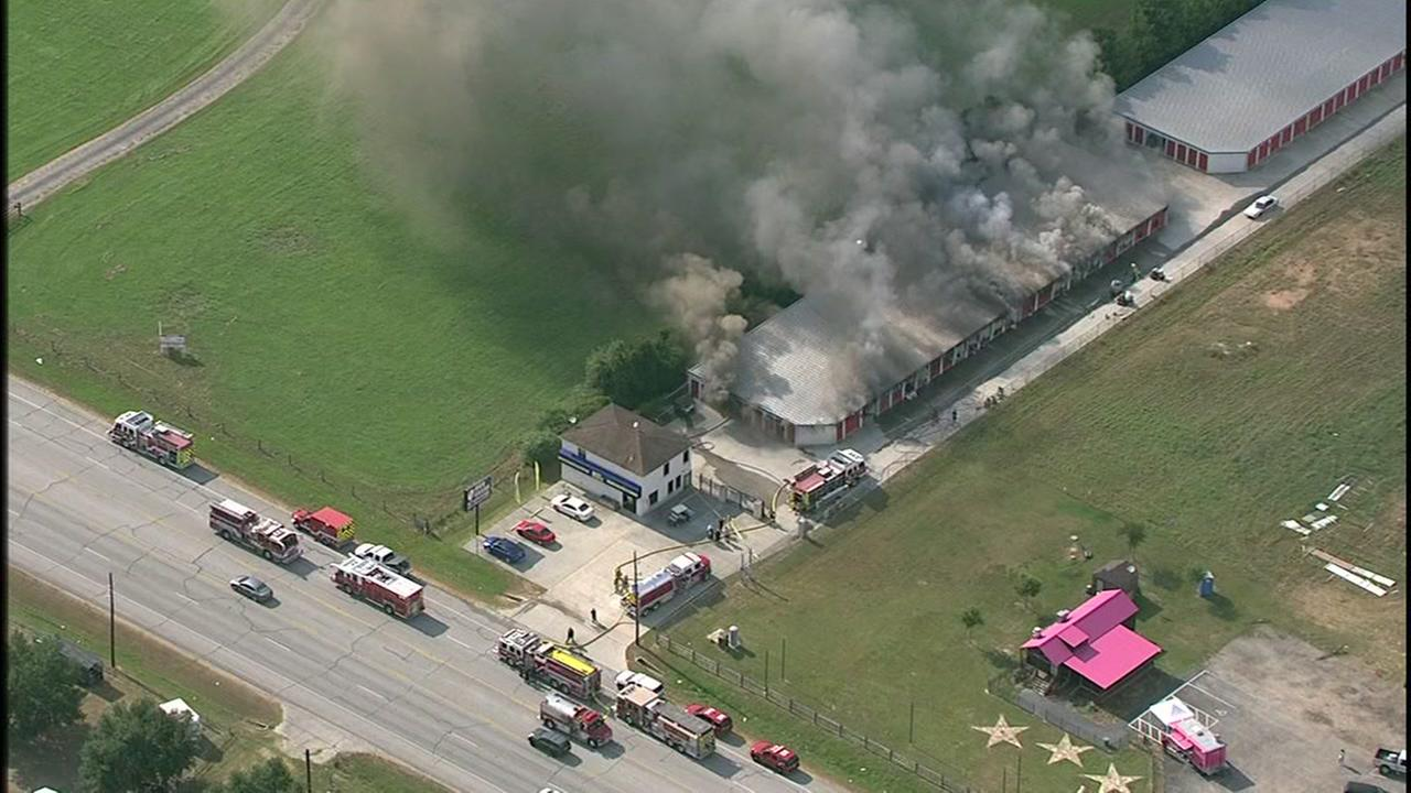 Storage facility burns in NW Harris Co.