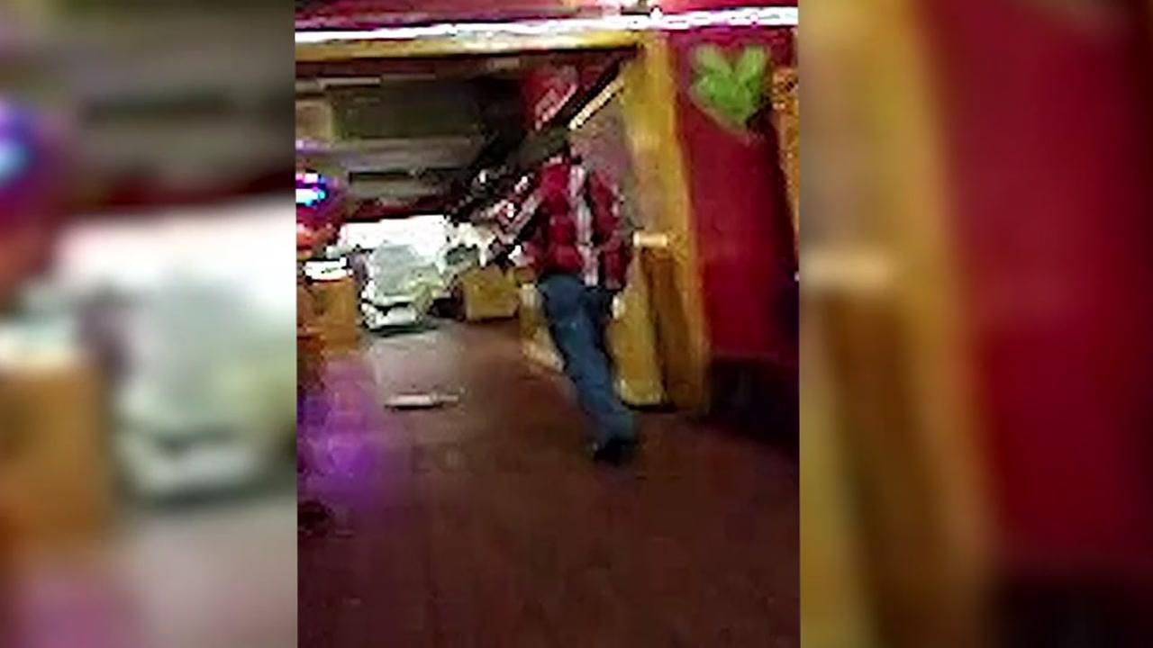 VIDEO: Waiter opens fire at Texas restaurant