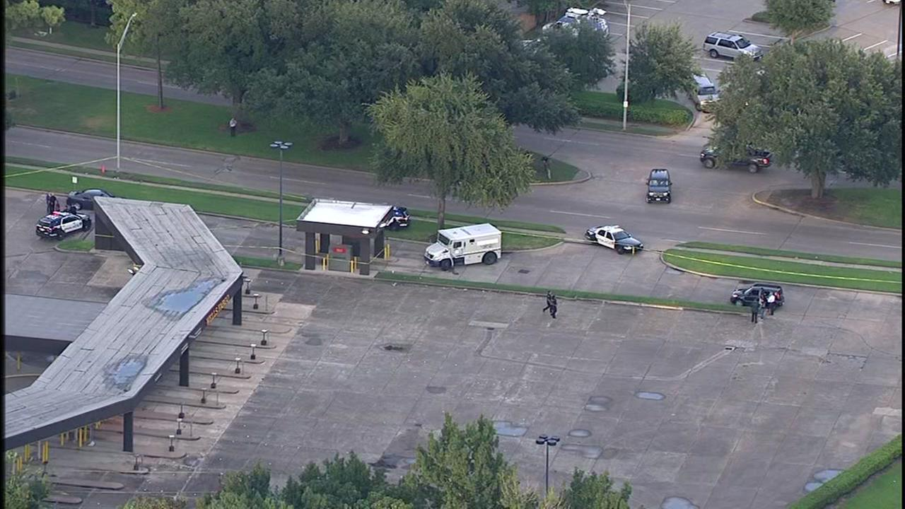 One dead after shooting in NW Harris Co.